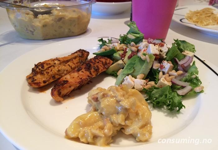 Potetsalat med sennep til måltidet