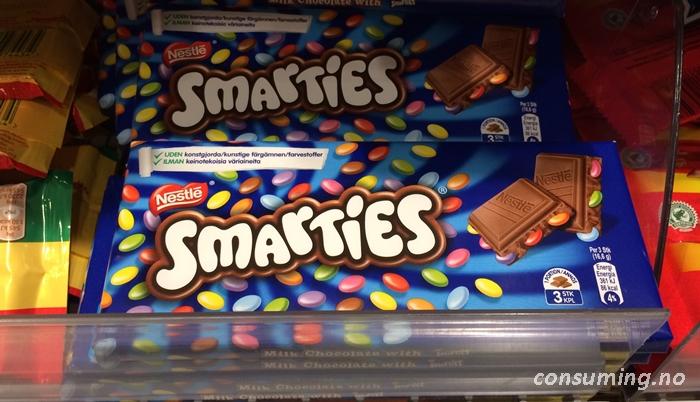 Smartiessjokolade i butikk