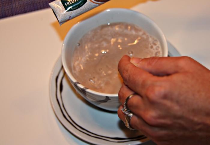 chai-latte-med-karamellsmak-klar