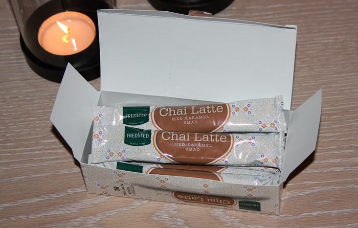 chai-latte-med-karamellsmak-pakker